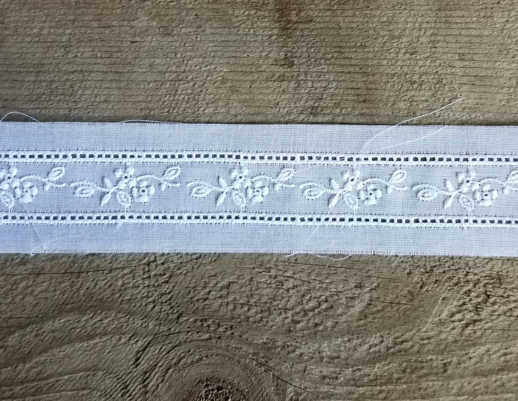 WHITE INSERTION LACE TRIM COTTON EMBROIDERED TORCHON VINTAGE IVORY